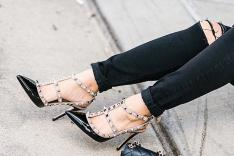 حذاء انيق