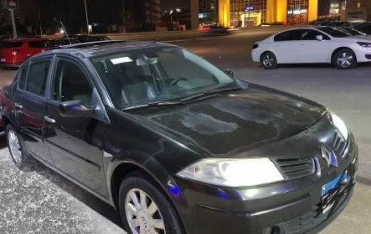 سيارة رينو ميجان موديل 2008 حالة ممتازة للبيع Dubarter