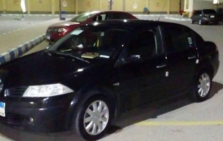 سيارة رينو ميجان موديل 2008 حالة ممتازة للبيع دوبارتر