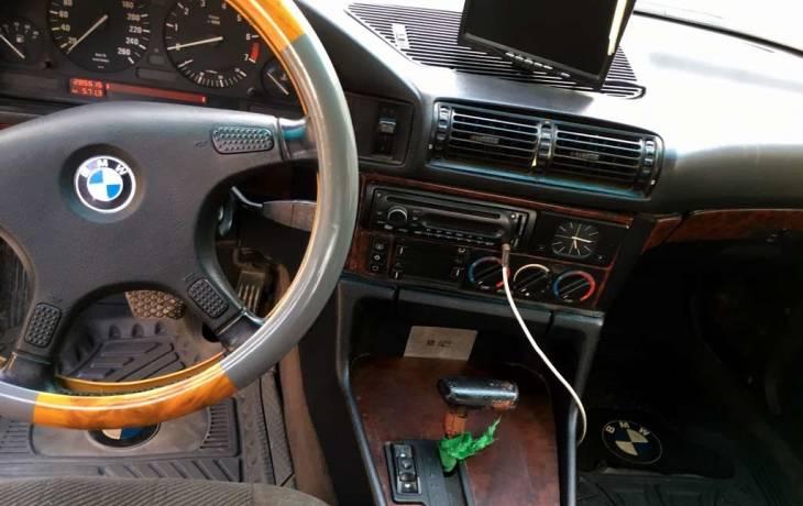 سيارة بي ام دبليو 525 موديل 1992 حالة ممتازة للبيع Dubarter